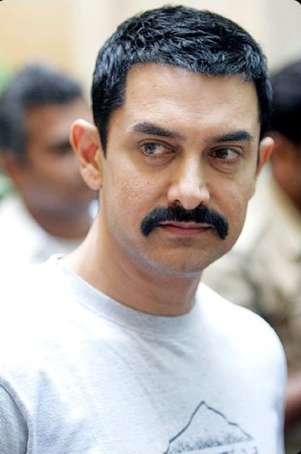 Aamir to start 'Talaash' promotion post Diwali