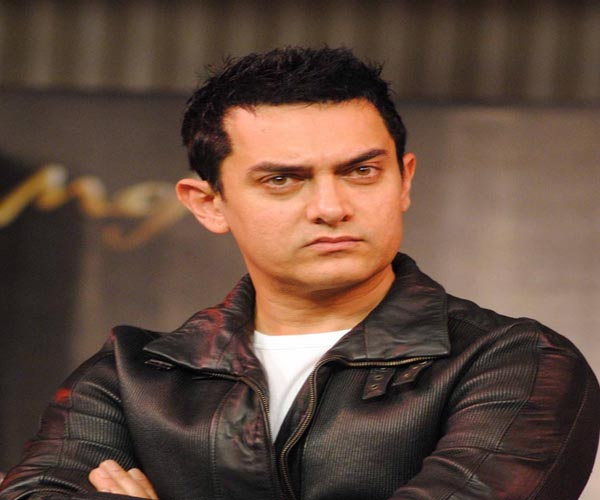 Money cannot buy me: Aamir Khan