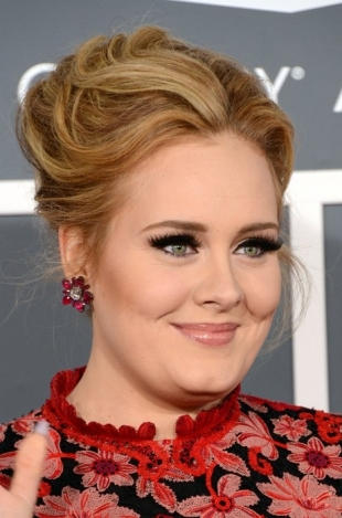 Adele gives son his own mini Oscar 