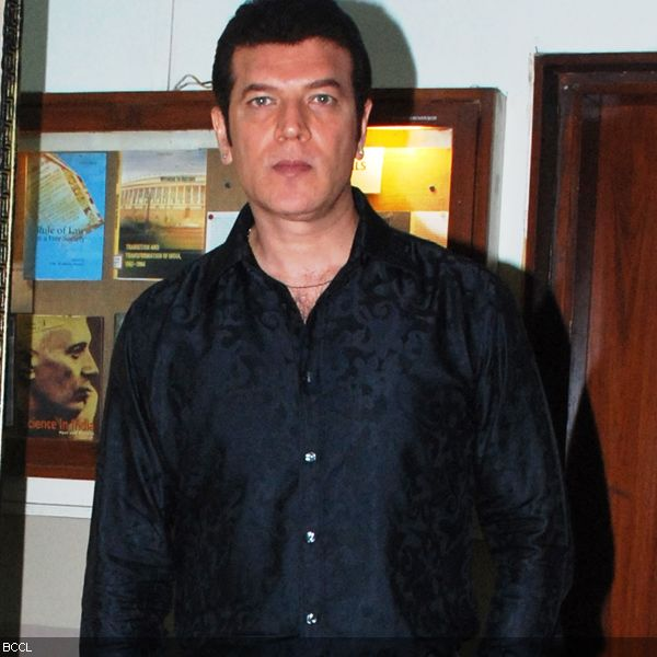 aditya pancholi daughter pics