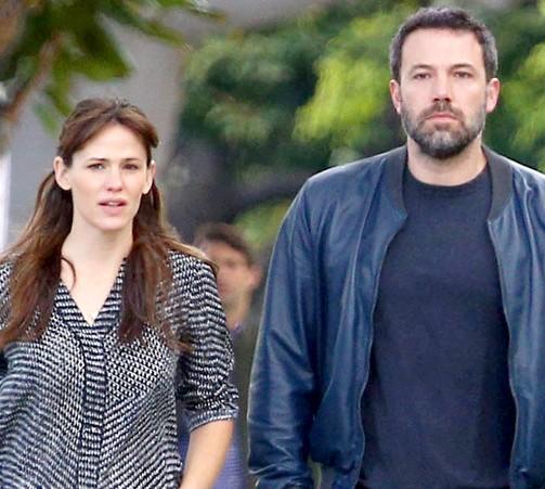 Ben Affleck, Jennifer Garner still very much separated