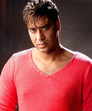 It's not Haji Mastan's life story: Ajay Devgn | TopNews