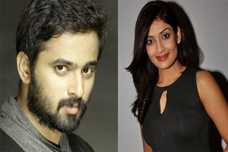 Aashy teams up with Unni Mukundan