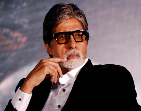 Amitabh Bachchan undergoes medical tests
