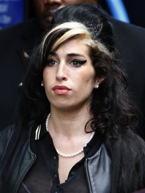 Amy Winehouse fuels Blake Fielder-Civil reunion rumours
