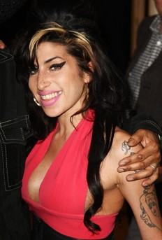 Assault charges levied on Amy Winehouse