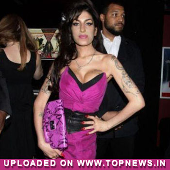 Amy Winehouse's ex cleared of rape charge