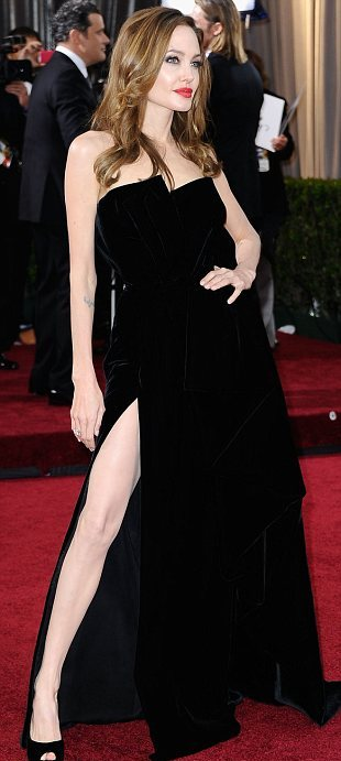 Angelina Jolie's Oscar gown with thigh-high split inspires Twitter profile