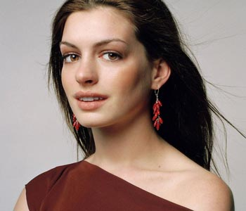 Hathaway to star in 'Robopocalypse'?