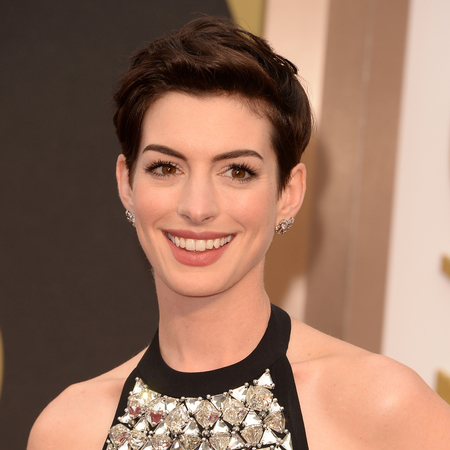 Anne Hathaway thinks 'fame f-ked her up for a long time'