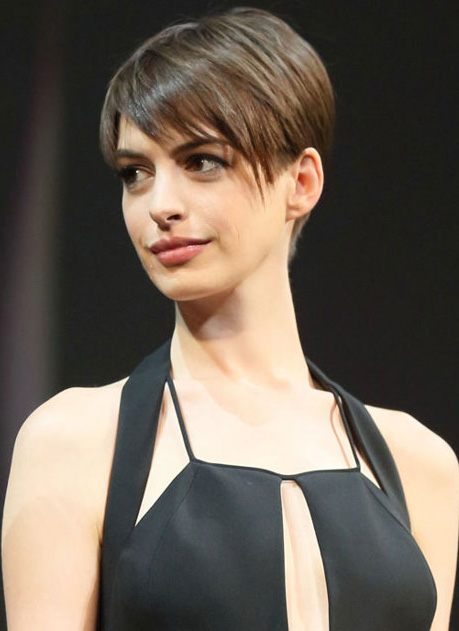 `Stressed` Anne Hathaway reveals `shame` over obsession to stay thin