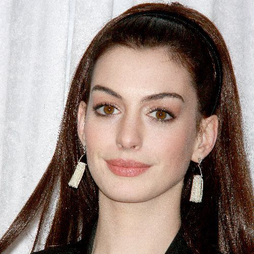 Anne Hathaway Dress Size