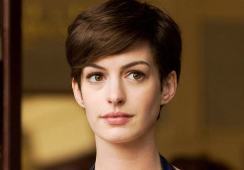 Short hairdo makes Hathaway feel like gay brother
