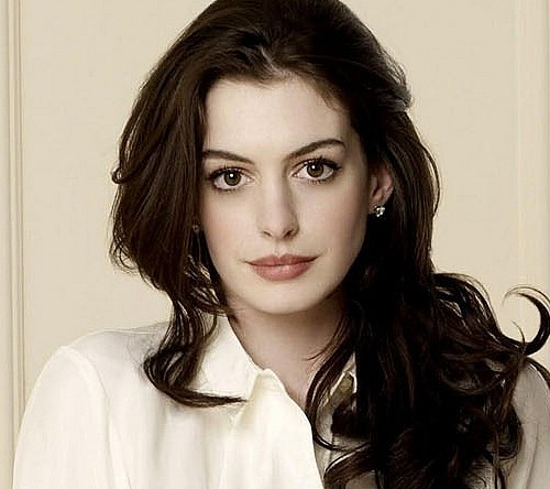 Anne Hathaway parts ways with stylist after a decade