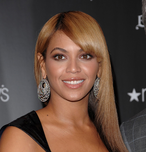 Beyonce posts happy family picture amid marital problem rumors