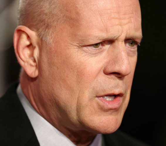 Bruce Willis wants daughter to 'cover up'