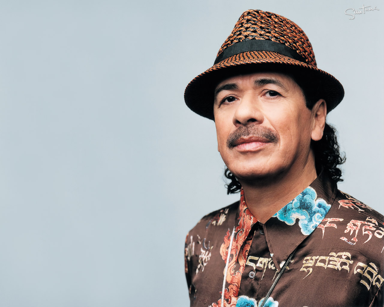 carlos santana returns to woodstock festival after four decades
