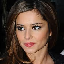 Cheryl Cole's `Call My Name` breaks 2012 UK Single Chart record