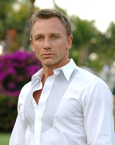http://topnews.in/light/files/Daniel-Craig11.jpg