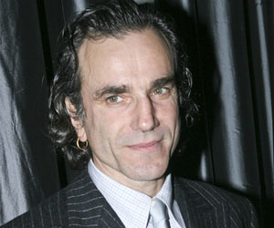 Daniel Day Lewis says he was treated like 'filth' earlier in his career