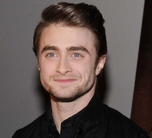 Daniel Radcliffe finds dating multiple girls 'too much hassle'