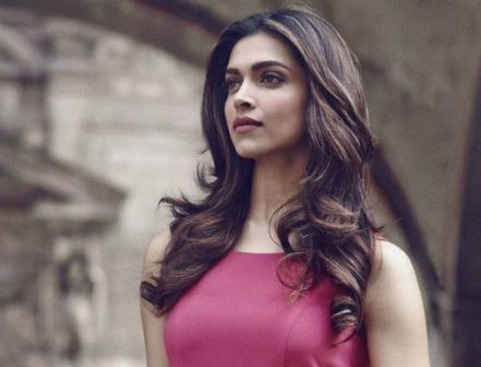 Snaps speak a thousand words: Deepika gushes over Instagram
