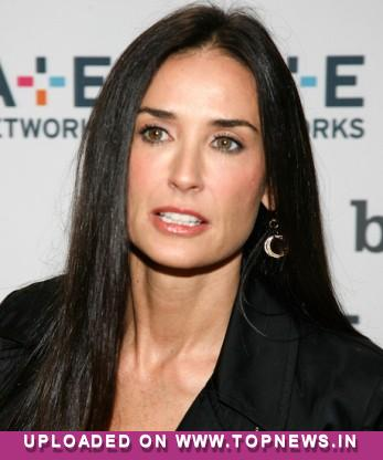 Exes Demi Moore and Ashton Kutcher plan to continue joint charity