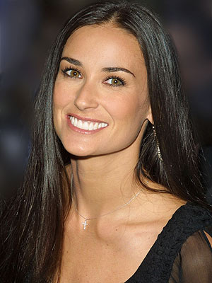 Demi Moore demands spousal support from ex Ashton Kutcher