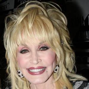 Dolly Parton to perform at Glastonbury 2014
