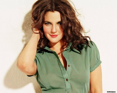 drew barrymore hair. Barrymore, 35, had a yearlong