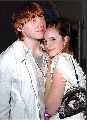 daniel radcliffe and emma watson kiss