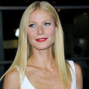 Gwyneth Paltrow 'embarrassingly' forces pals to watch her old flicks