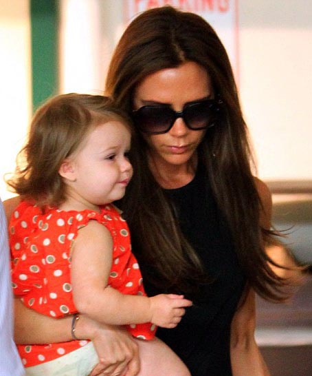 Harper Beckham imitates mum Victorias famous pout on shopping trip