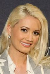 Holly Madison gives `birth` to baby girl 