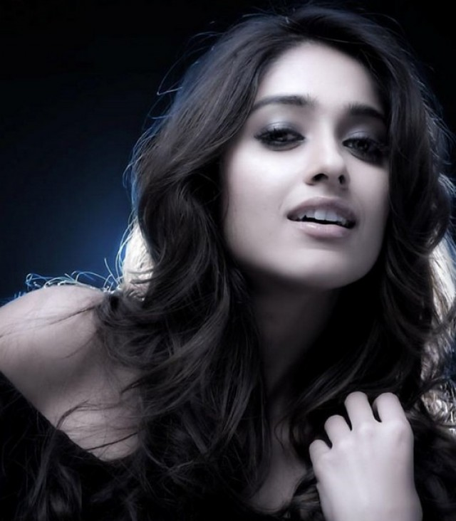 Ileana D'Cruz house hunting in Mumbai