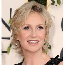Jane Lynch 'took a decade to tell her parents that she was gay'
