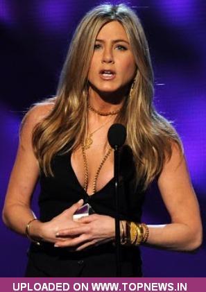 jennifer aniston looks like man. Jennifer Aniston introduces
