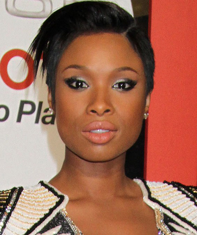 Jennifer Hudson keeps pushing back wedding date