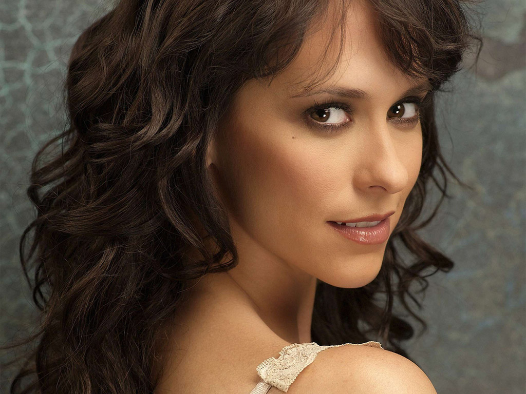http://topnews.in/light/files/Jennifer-Love-Hewitt_5.jpg