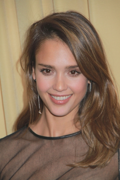 Jessica Alba is a strict mother