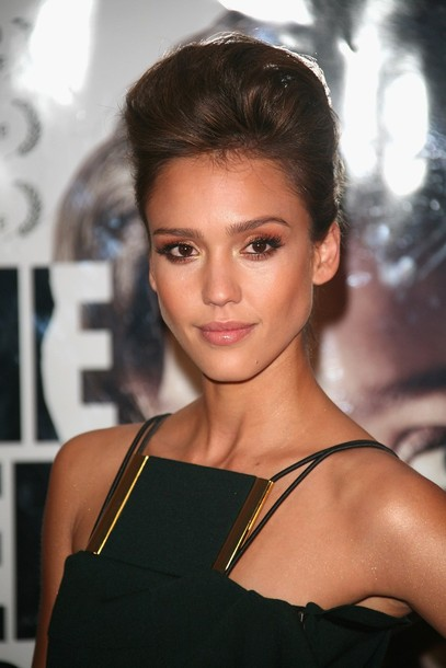 ... Jessica Alba has been successful in convincing a Chinese girl not to go ...