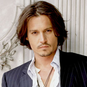 Depp to play notorious gangster Whitey Bulger