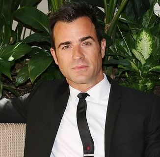 Justin Theroux opens up about 'large manhood' on chat show