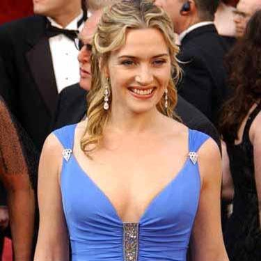 Winslet's wax statue unveiled at Tussauds