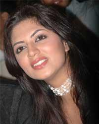 Kavita Kaushik loves surprising audience - Kavita-Kaushik_2