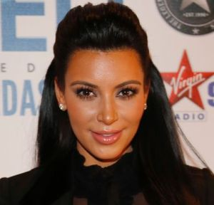 Kim rubbishes rumours of leaving `Keeping Up with the Kardashians`