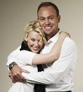 Kylie Minogue and Jason Donovan reunion concert cancelled