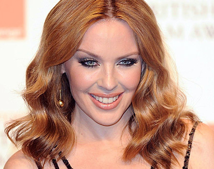 Kylie Minogue slammed for Logies performance