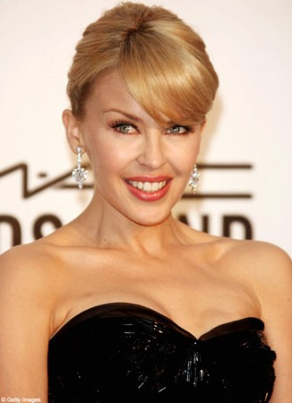 Dannii''s making me broody, says Kylie Minogue