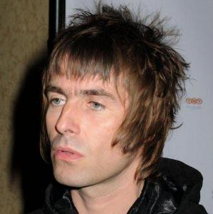 Liam Gallagher taunts Wayne Rooney over hair transplant